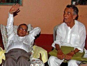 Pranab Mukherjee with his brother Pijush