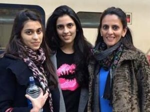 Shloka Mehta with her mother & sister