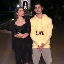 Kiara Advani with her brother