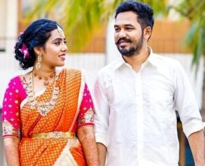 Adhi (Hiphop Tamizha) with his wife