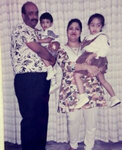 Akash Dadlani with his parents & sister