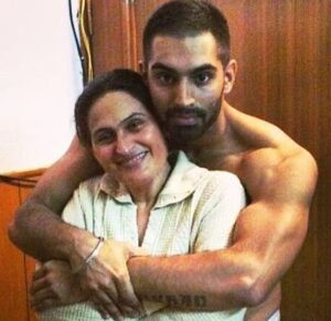 Parmish Verma with his mother