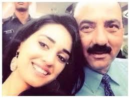 Disha Patani with her father