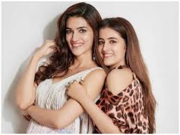 Kriti Sanon with her sister