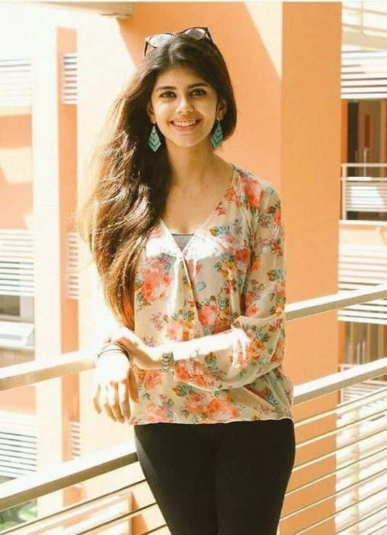 Sanjana Sanghi