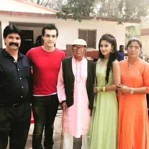 Shivangi Joshi with her family