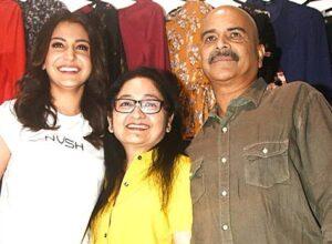 Anushka Sharma with her parents