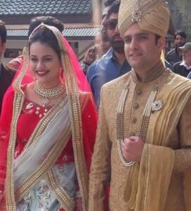 Athar Aamir Khan with his wife
