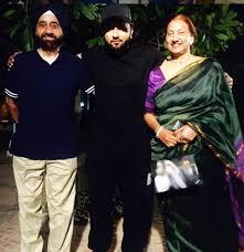 Yo Yo Honey Singh with his parents
