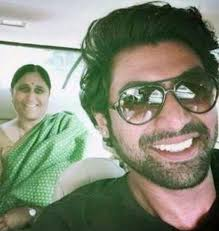 Rana Daggubati with his mother
