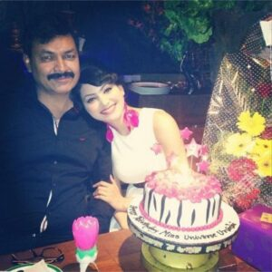 Urvashi Rautela with her father