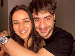 Jasmin Bhasin with her boyfriend Aly