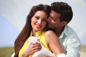Karan Singh Grover with his wife Bipasha