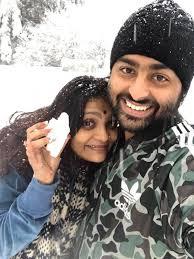 Arijit Singh with his wife Koel Roy