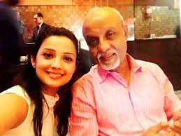 Adaa Khan with her father