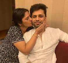 Rahul Vaidya with his mother