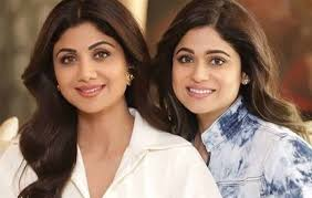 Shilpa Shetty with her sister