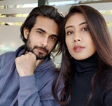 Sanam Puri with his girlfriend