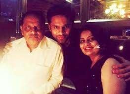 Rahul Vaidya with his father