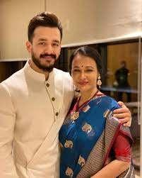 Akhil Akkineni with his mother