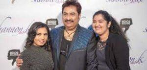 Kumar Sanu with daughters