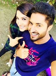 Jassi Gill with his girlfriend