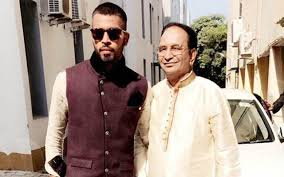 Hardik Pandya with his father
