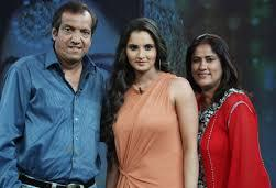Sania Mirza with her parents
