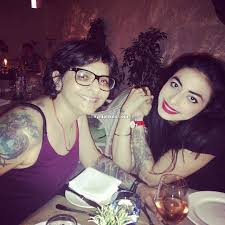 VJ Bani with her mother