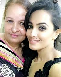 Anita Hassanandani with her mother