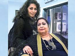 Geeta Kapur with her mother