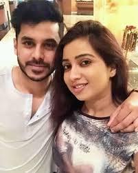 Shreya Ghoshal with her brother