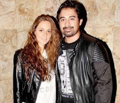 Rannvijay Singh with his wife Priyanka