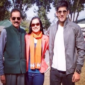 Varun Sood with his parents