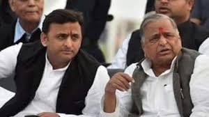 Akhilesh Yadav with his father