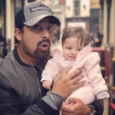 Rannvijay Singh with his daughter