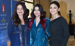 Pooja Bhatt with her half-sisters