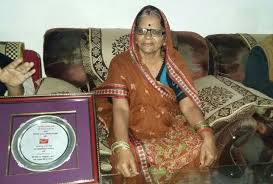 Akhilesh Yadav's mother