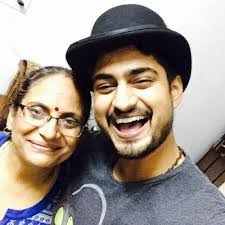 Amit Mishra with his mother