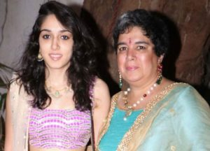 Ira Khan with her mother