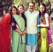 Sameeksha Jaiswal with her family