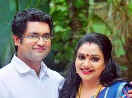 Rimi Tomy with her ex-husband
