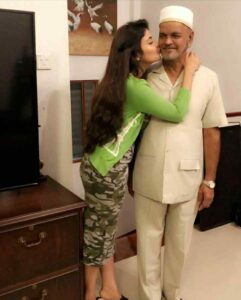 Shirin Kanchwala with her father