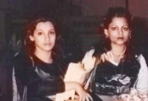 Dimple Kapadia with her sister