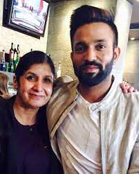 Dilpreet Dhillon with his mother