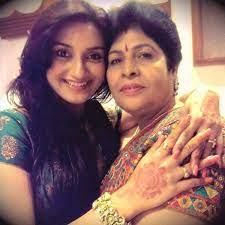 Rati Pandey with her mother