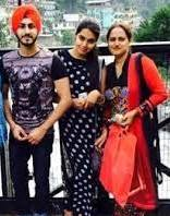 Rohanpreet Singh with his sisters