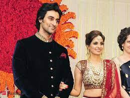 Kunal Karan Kapoor with his wife
