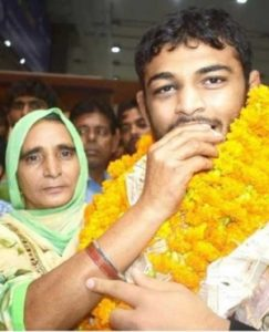 Deepak Punia with his mother