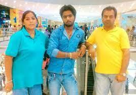 Roshni Sahota's parents & brother